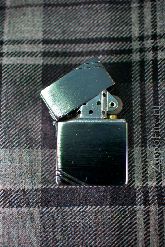 Zippo Brushed Chrome 1935.25 Replica