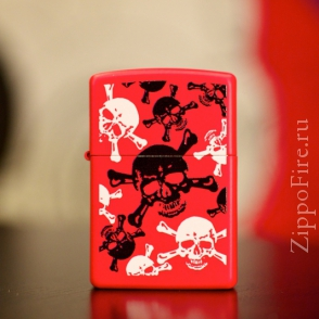 Zippo Red Matte Skull and Crossbones Zippo Red Matte Skull and Crossbones 24471